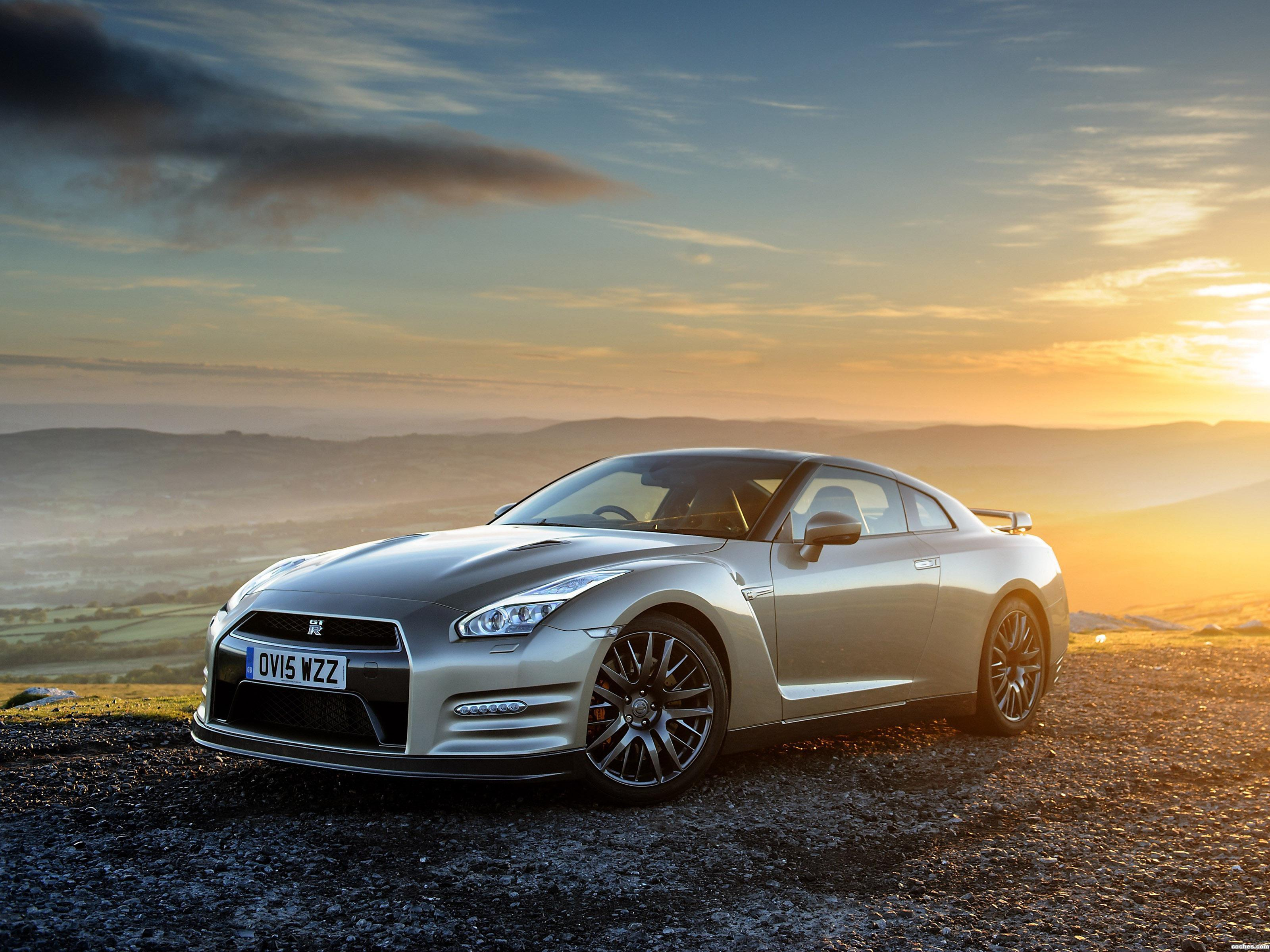 Foto 0 de Nissan GT-R 45th Anniversary R35 UK 2015