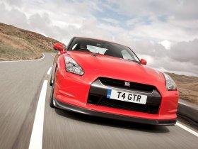Ver foto 10 de Nissan GT-R UK 2008