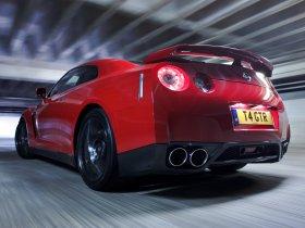 Ver foto 8 de Nissan GT-R UK 2008