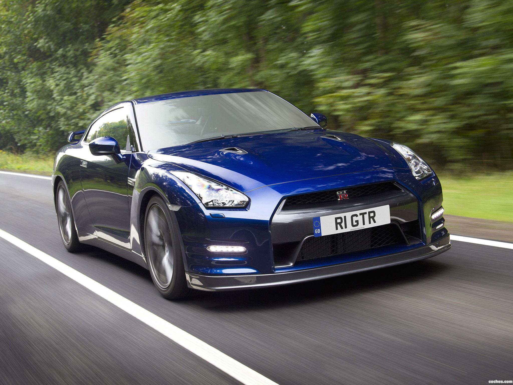 Foto 0 de Nissan GT-R UK 2010