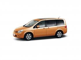 Ver foto 2 de Nissan Lafesta 2004