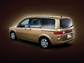 Ver foto 5 de Nissan Lafesta B30 2007