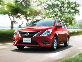 Fotos de Nissan Latio