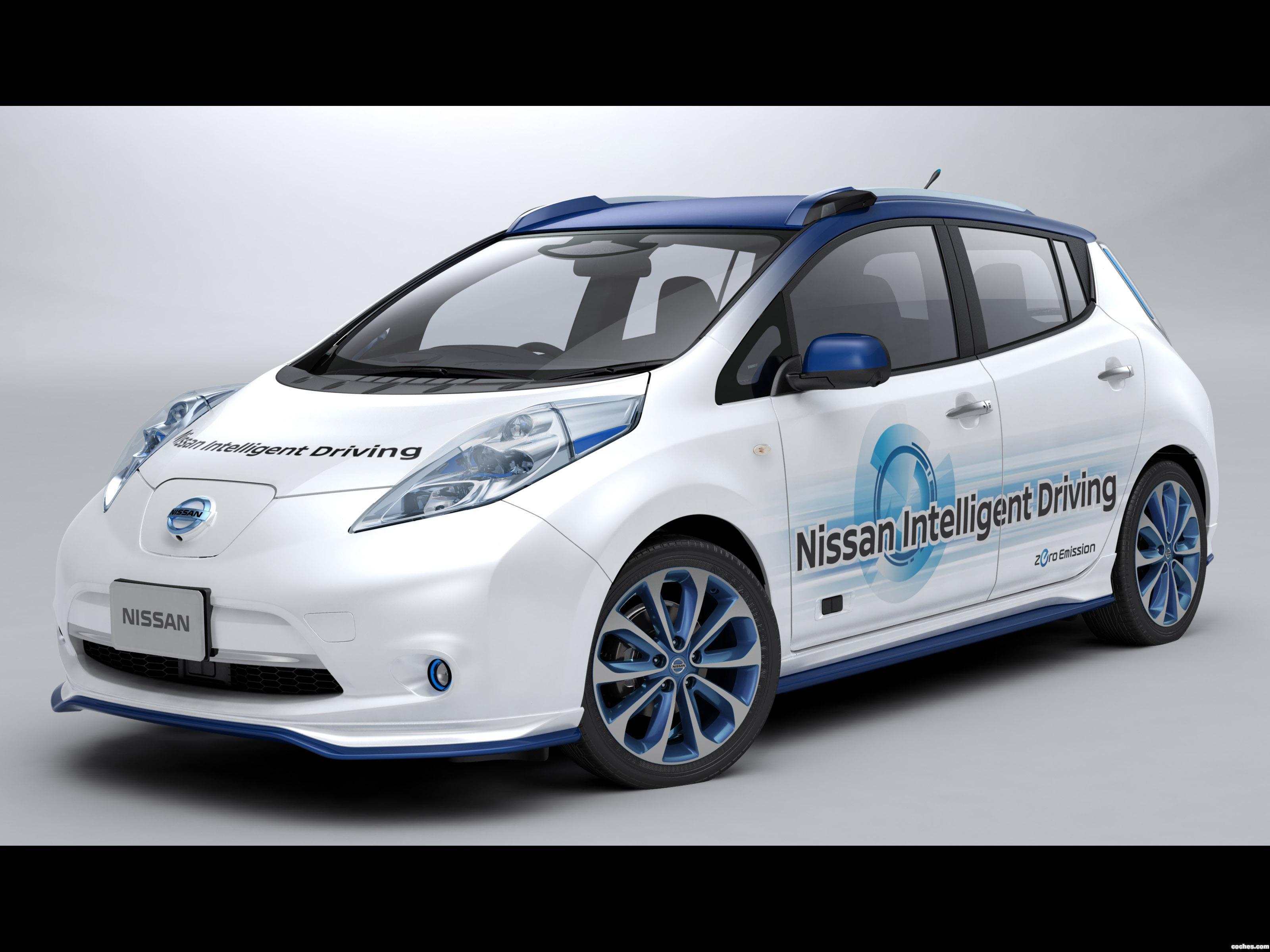Foto 0 de Nissan Leaf Autonomous Drive Prototype 2015