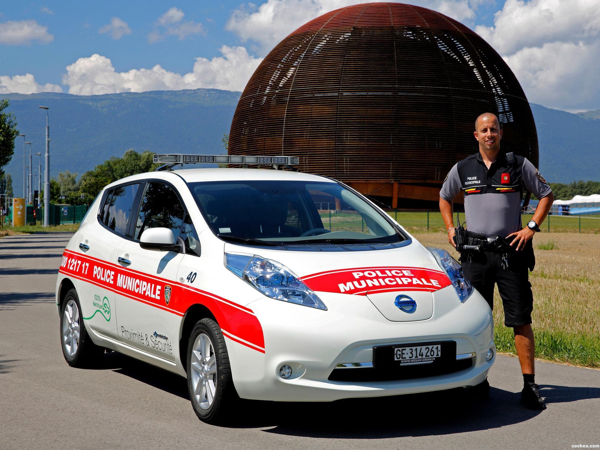 Foto 0 de Nissan Leaf Swiss Police Car 2013