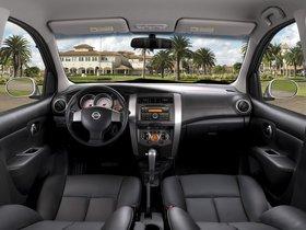 Ver foto 3 de Nissan Livina X Gear Brasil 2013