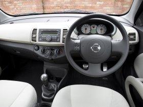 Ver foto 12 de Nissan Micra 3 door UK 25th Anniversary K12C 2008