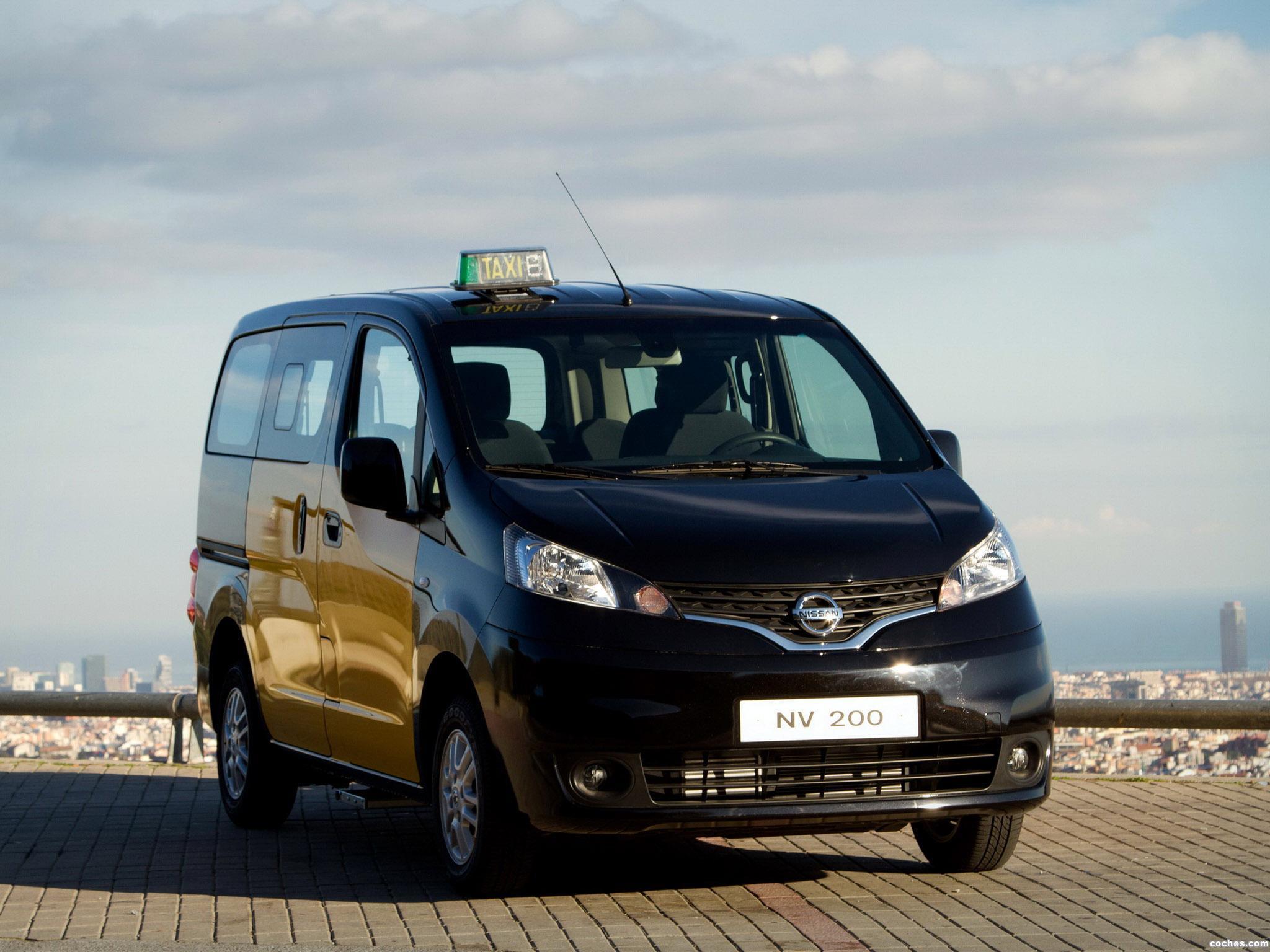Foto 1 de Nissan NV200 Taxi 2012
