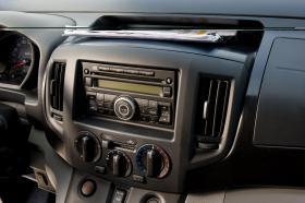 Ver foto 3 de Nissan NV200 Furgón 2010