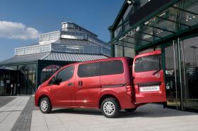 Ver foto 33 de Nissan NV200 Combi 2010