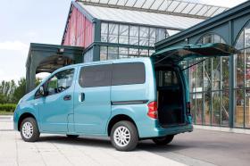 Ver foto 11 de Nissan NV200 Combi 2010