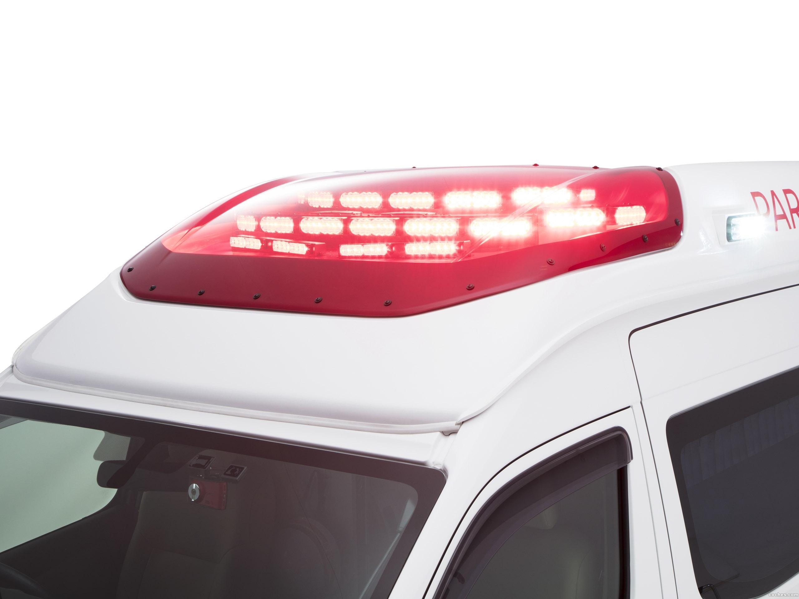 Foto 8 de Nissan NV350 Caravan Paramedic Concept  2017