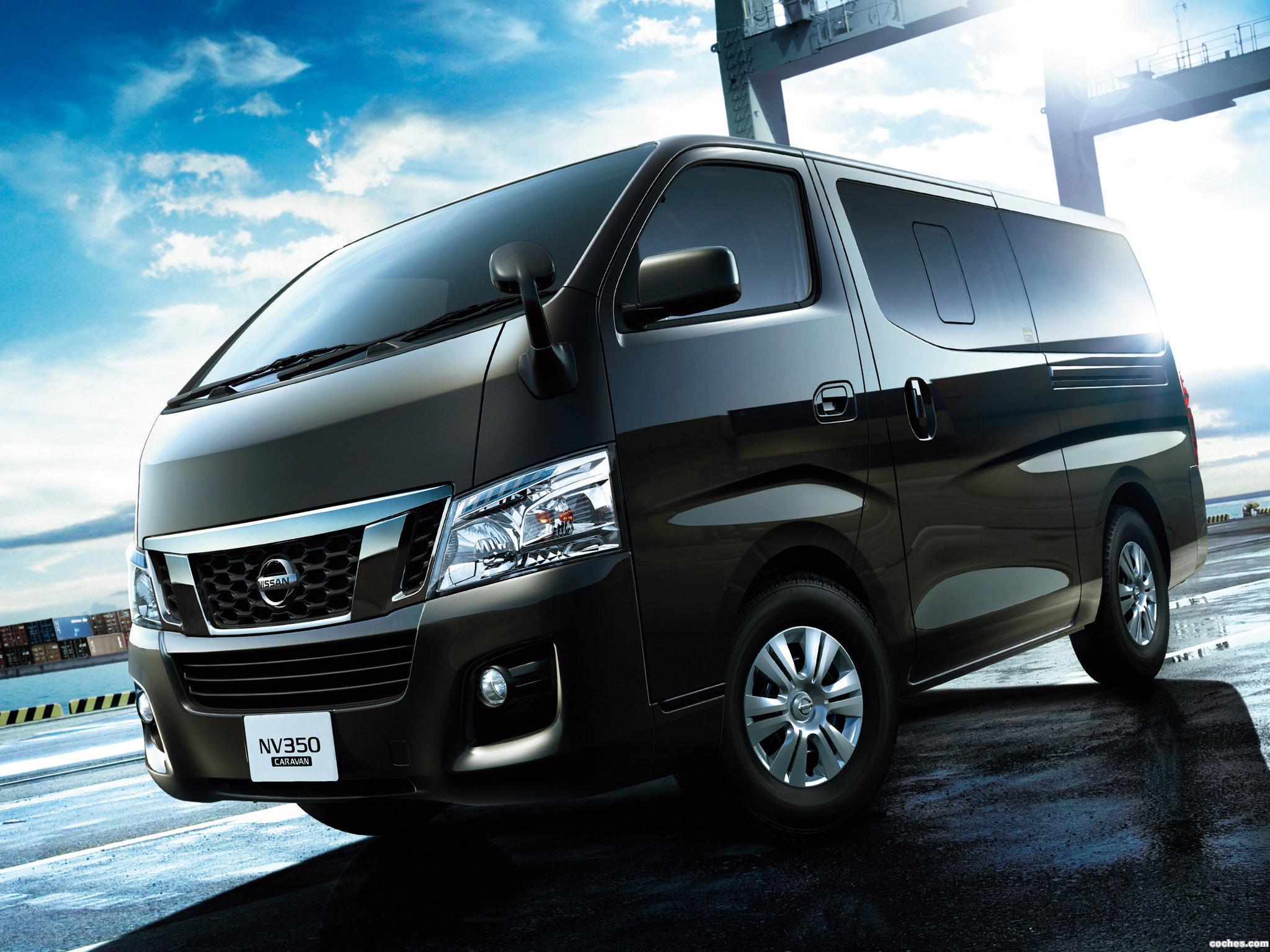 Foto 0 de Nissan NV350 Caravan Premium GX E26 2012