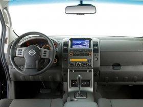 Ver foto 12 de Nissan Navara Double Cab 2010