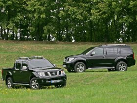 Ver foto 2 de Nissan Navara 2008
