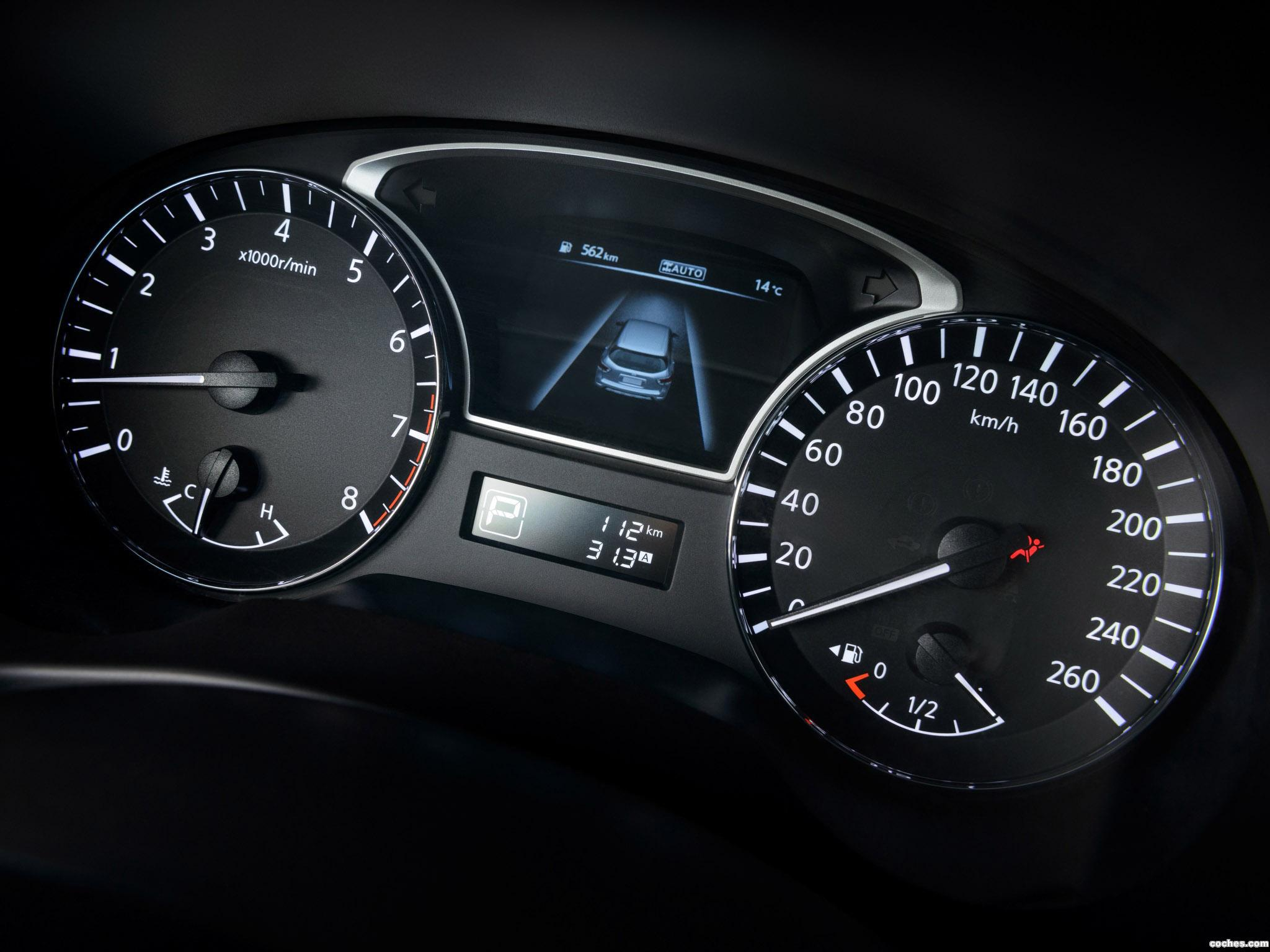Foto 15 de Nissan Pathfinder R52 2014