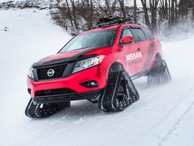 Ver foto 1 de Nissan Pathfinder Winter Warrior Concept  2016