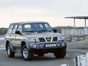 Ver foto 2 de Nissan Patrol 1997