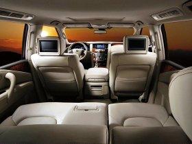 Ver foto 7 de Nissan Patrol 2010