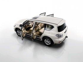 Ver foto 4 de Nissan Patrol 2010