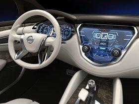 Ver foto 7 de Nissan Resonance Concept 2013