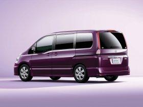 Ver foto 3 de Nissan Serena Highway Star C25 2008