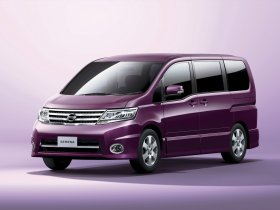 Fotos de Nissan Serena Highway Star C25 2008