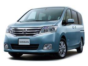 Ver foto 2 de Nissan Serena S Hybrid C26 2012