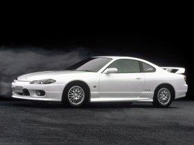 Ver foto 3 de Nissan Silvia Spec-R Aero S15 1999