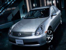 Fotos de Nissan Skyline 2001