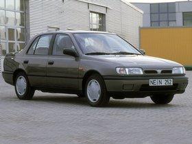 Fotos de Nissan Sunny Sedan N14 1990