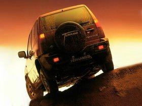 Ver foto 2 de Nissan Terrano II 3 puertas R20 1993