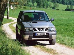 Ver foto 16 de Nissan Terrano II 3 puertas R20 1999