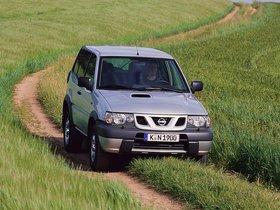 Ver foto 17 de Nissan Terrano II 3 puertas R20 1999