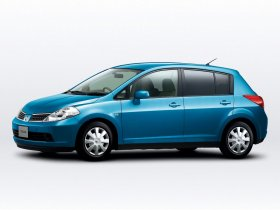 Ver foto 6 de Nissan Tiida 2004