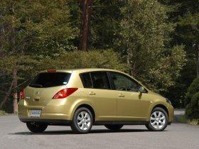 Ver foto 9 de Nissan Tiida 2004