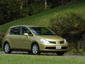 Ver foto 8 de Nissan Tiida 2004