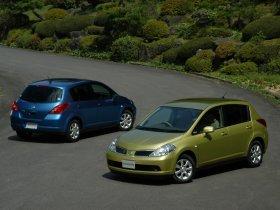 Ver foto 7 de Nissan Tiida 2004