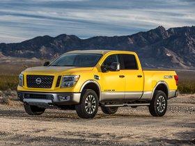 Fotos de Nissan Titan Crew Cab XD Pro4X 2015