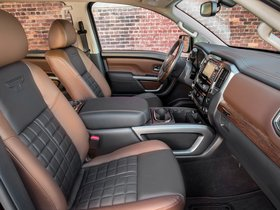 Ver foto 16 de Nissan Titan Platinum Reserve Crew Cab 2016