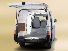 Ver foto 2 de Nissan Urvan Van Half Panel 2007