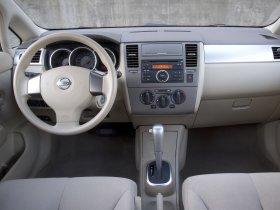 Ver foto 14 de Nissan Versa Hatchback 2007