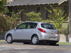 Ver foto 5 de Nissan Versa Hatchback 2007