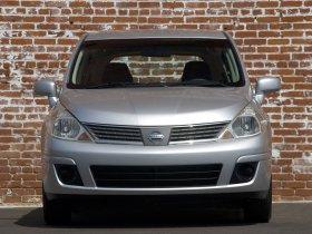 Ver foto 3 de Nissan Versa Hatchback 2007