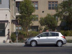 Ver foto 7 de Nissan Versa Hatchback 2007
