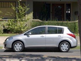 Ver foto 6 de Nissan Versa Hatchback 2007