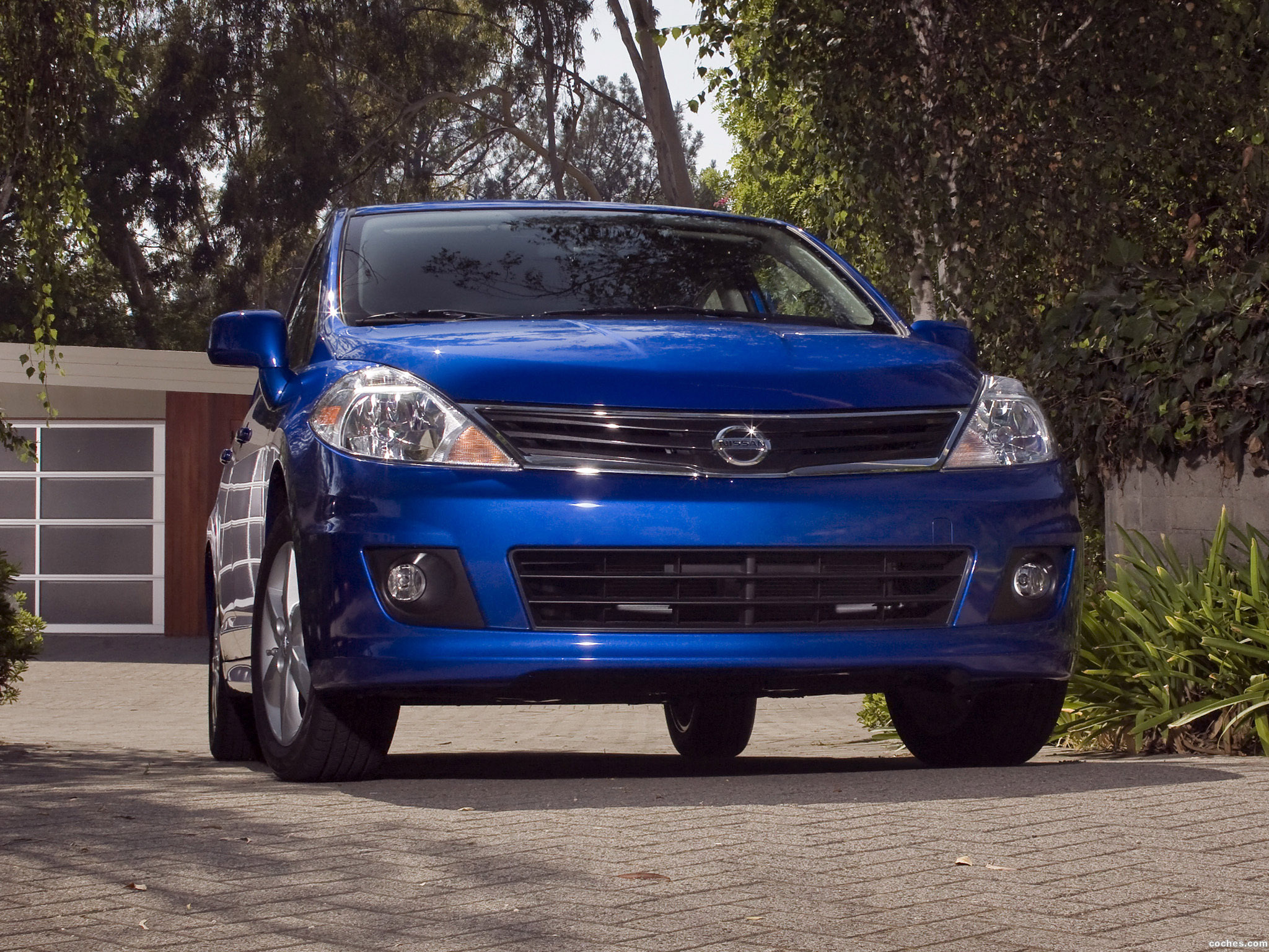 Foto 0 de Nissan Versa Hatchback 2009