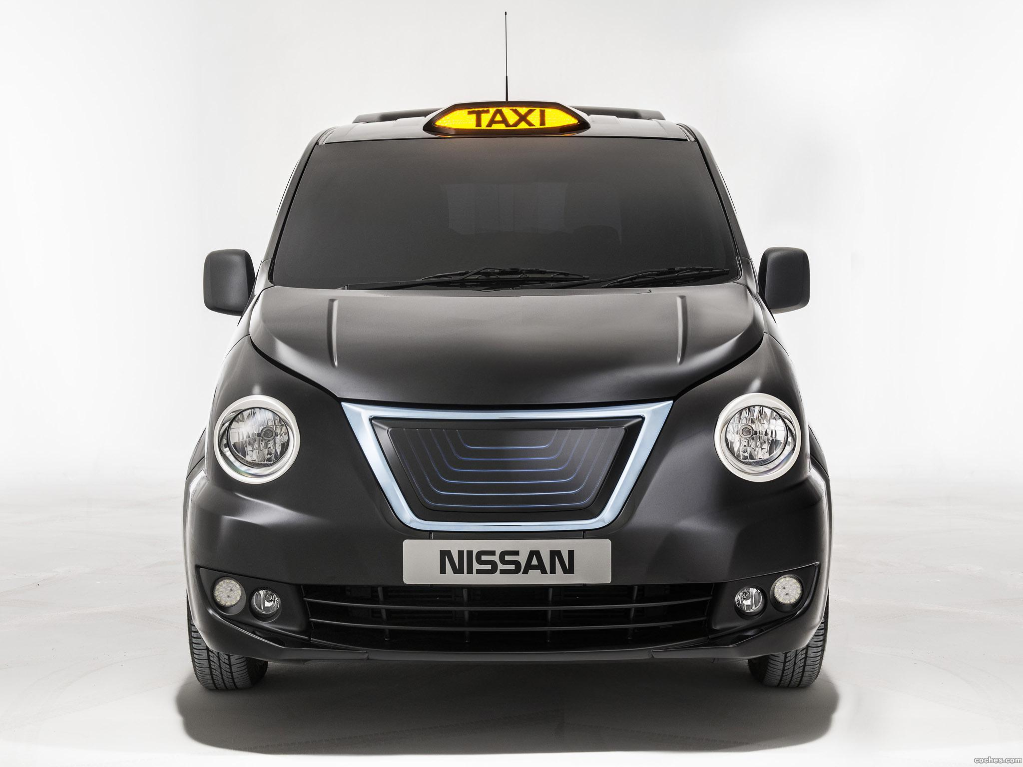 Foto 1 de Nissan e-NV200 London Taxi Prototype 2014