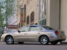 Ver foto 2 de Oldsmobile Aurora 2000