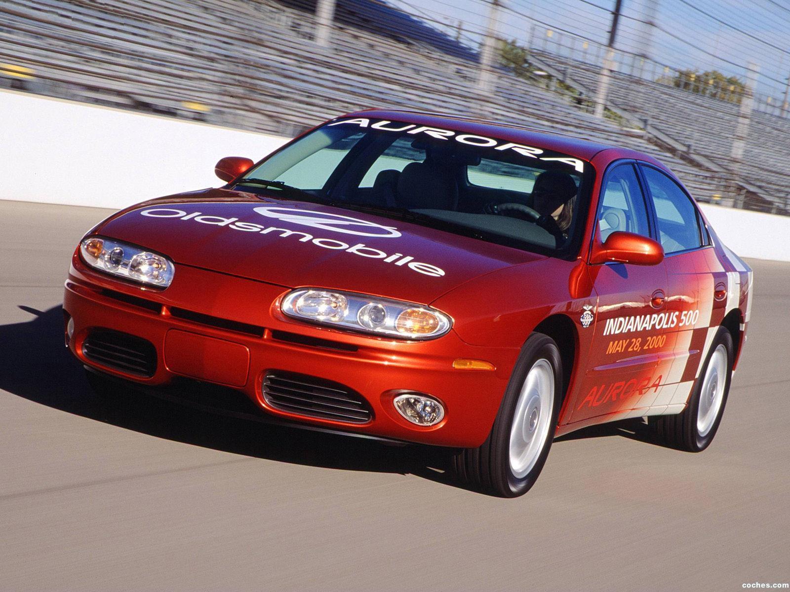 Foto 0 de Oldsmobile Aurora Indy 500 Pace Car 2000